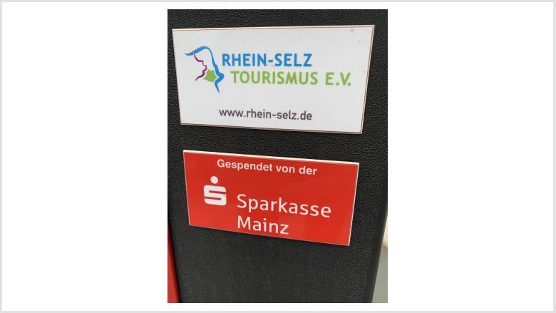 Die Sponsoren für die Fahrrad-Reparatur-Station